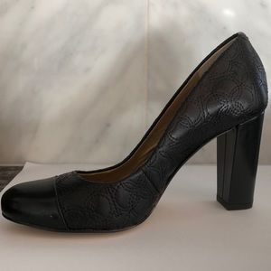 Ann Taylor black heels